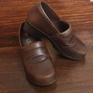 Golc Brown Leather Clogs